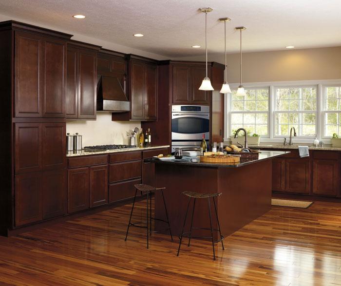 maple_wood_kitchen_cabinets.jpg