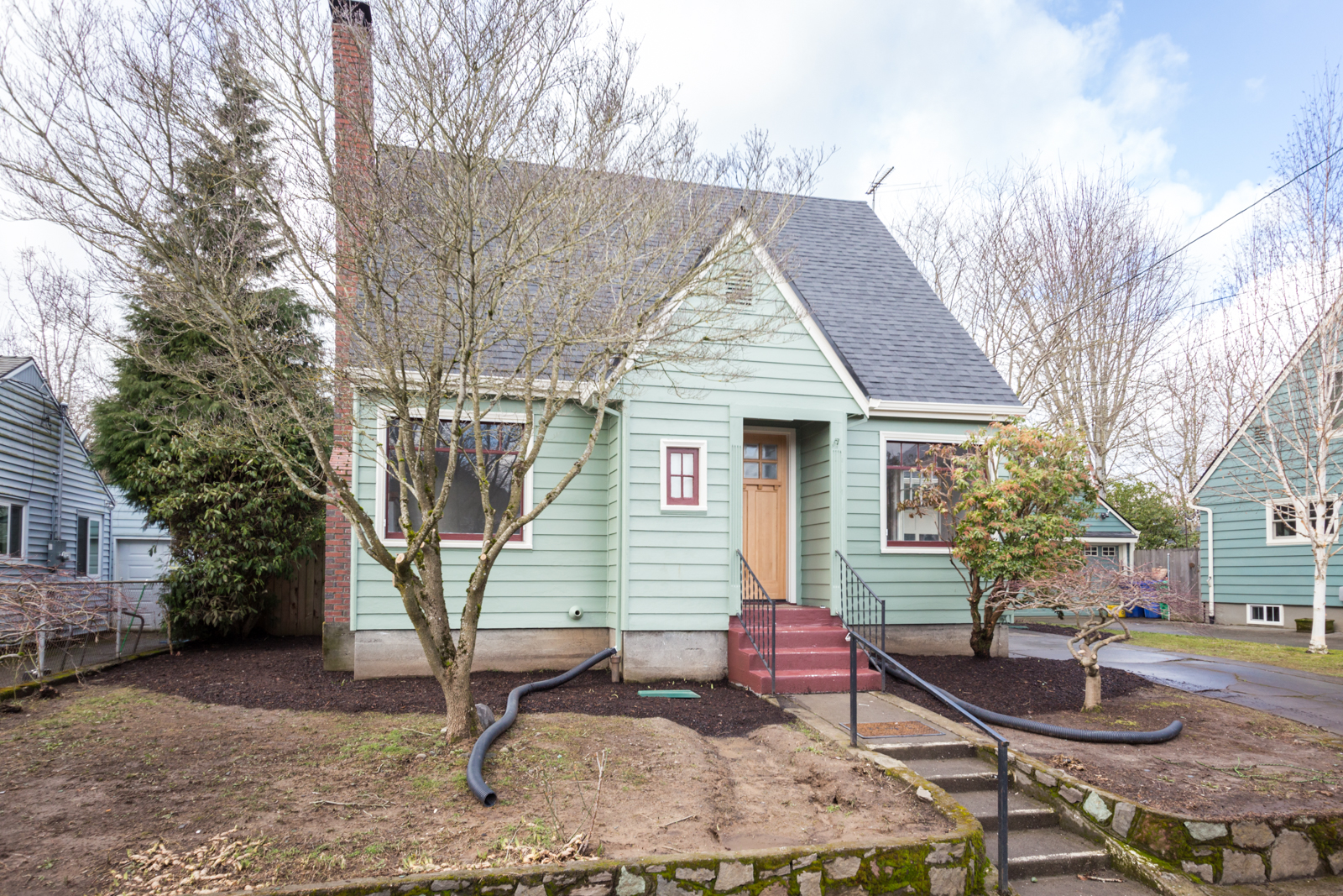 Portland, Oregon claimed 9th spot in Zillow's hottest residential real estate markets for 2018. There have been signs of the market slowing down over the last several months, however, if Zillow's prediction comes true, real estate could continue to see strong growth in the Portland area.