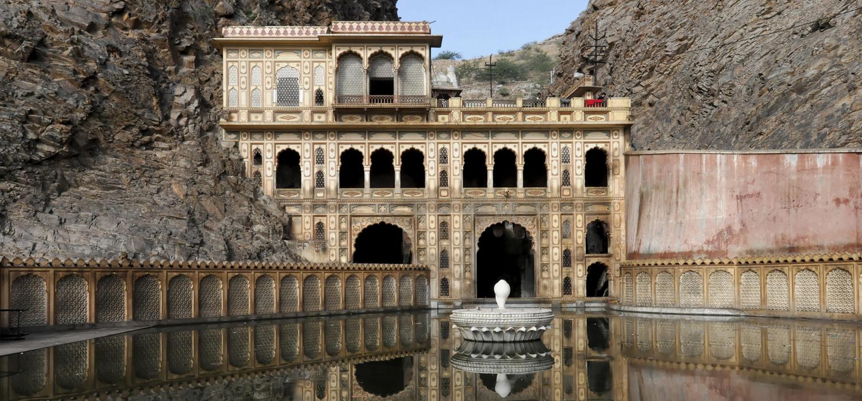 Temple, Galta Gorge, Jaipur, Rajasthan, northern India