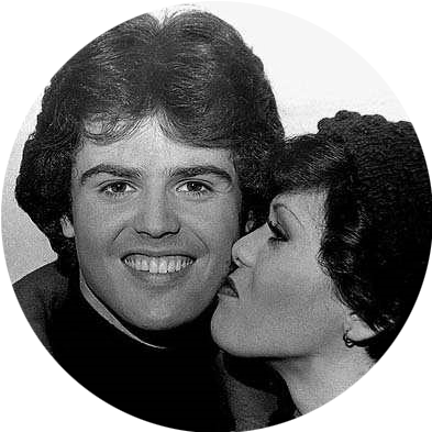 Donny and Marie Kiss
