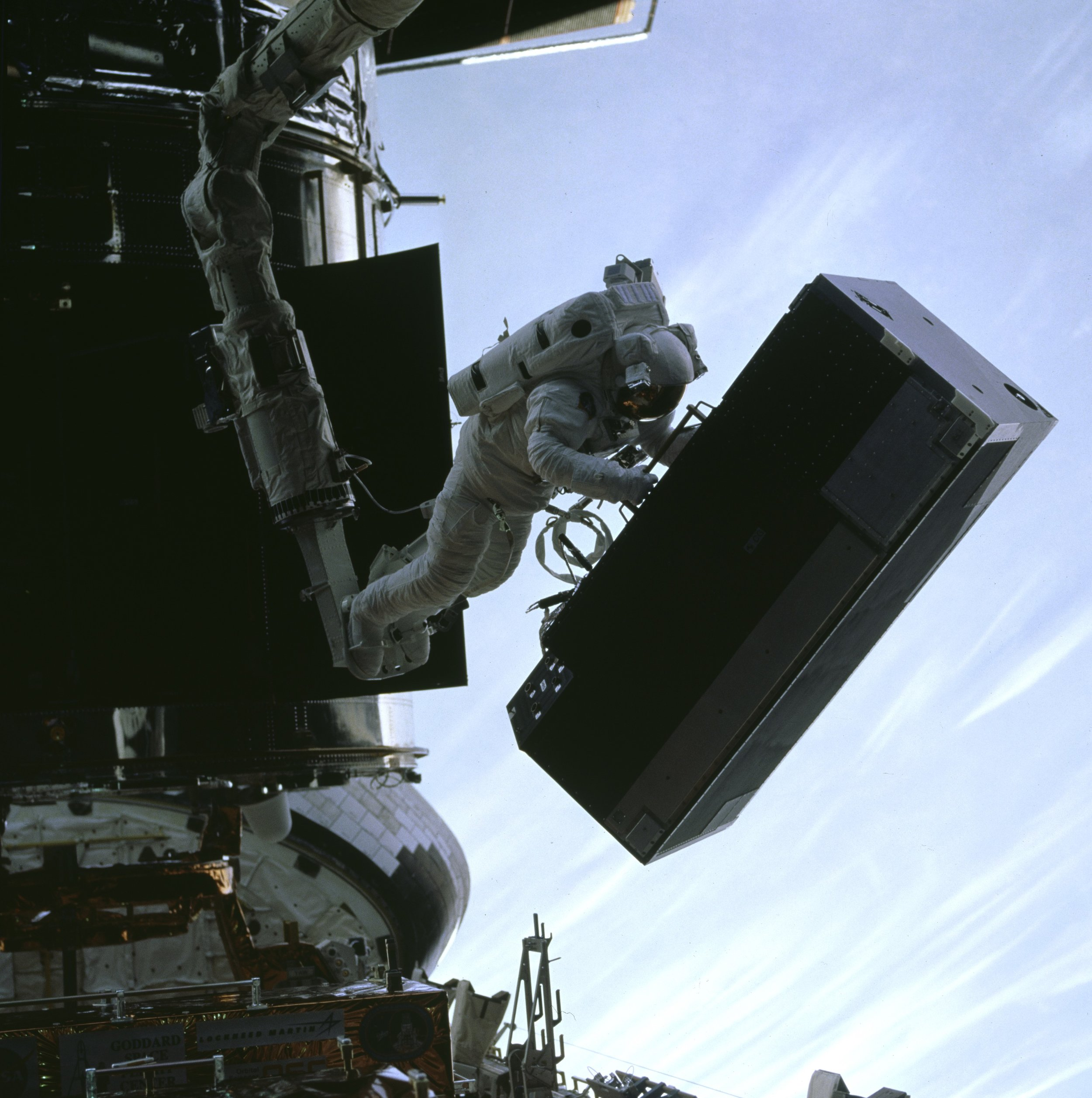 Moving 750 pound spectrograph for Hubble