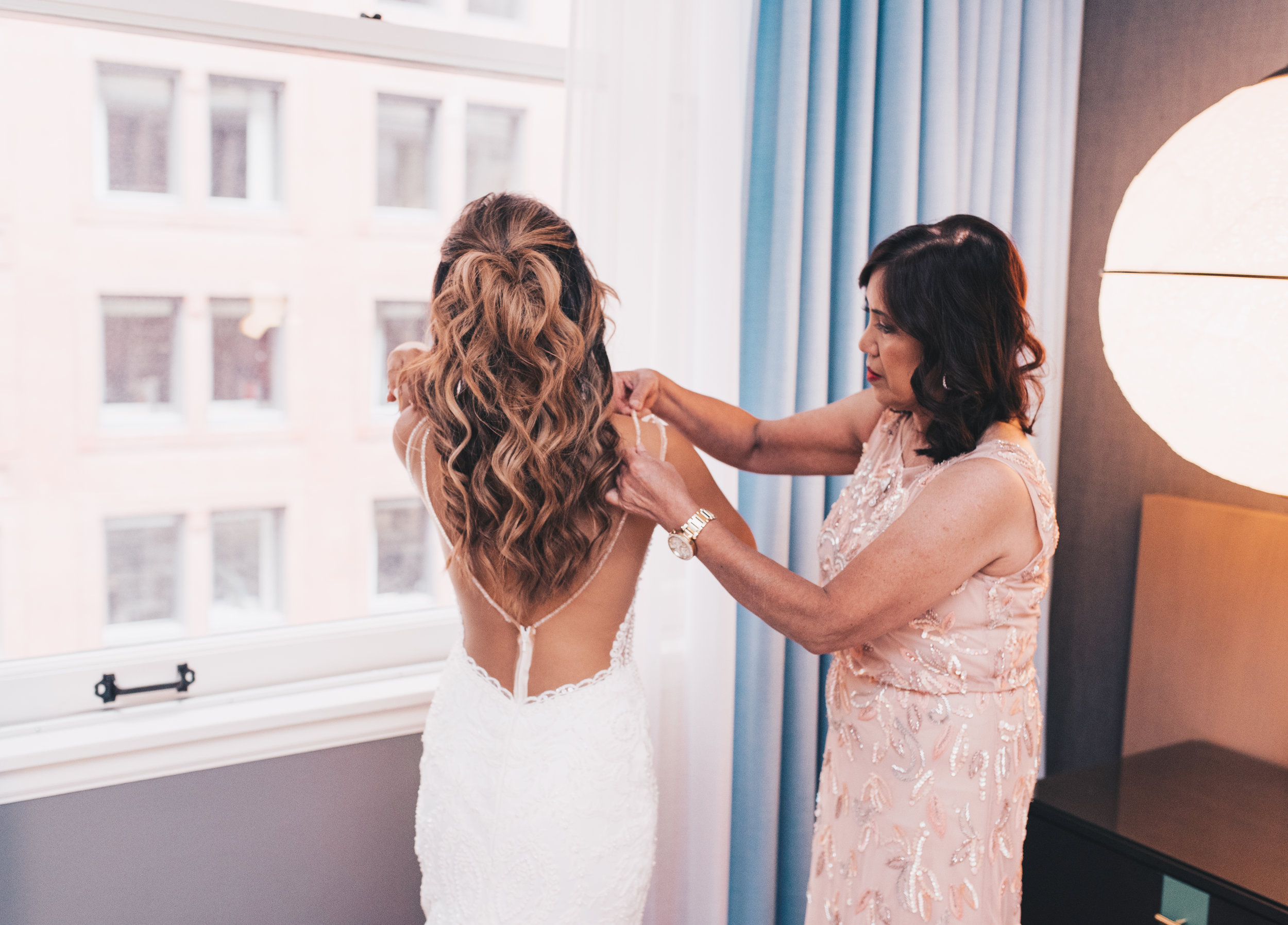 Bride Getting Ready Photos, Wedding Detail Photos, Kimpton Gray Hotel Wedding, Chicago Wedding