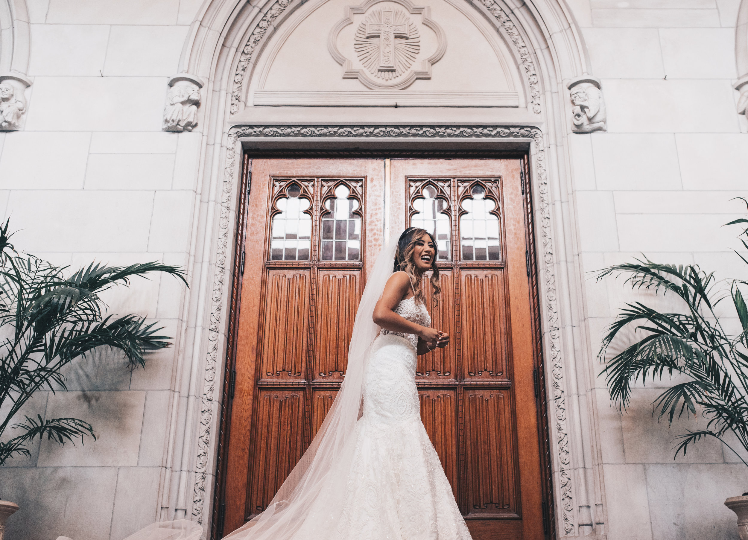 Chicago Bride and Groom Photos, Chicago Wedding, Chicago Wedding Photographer, Chicago Elopement Photographer, Bridal Wedding Photos