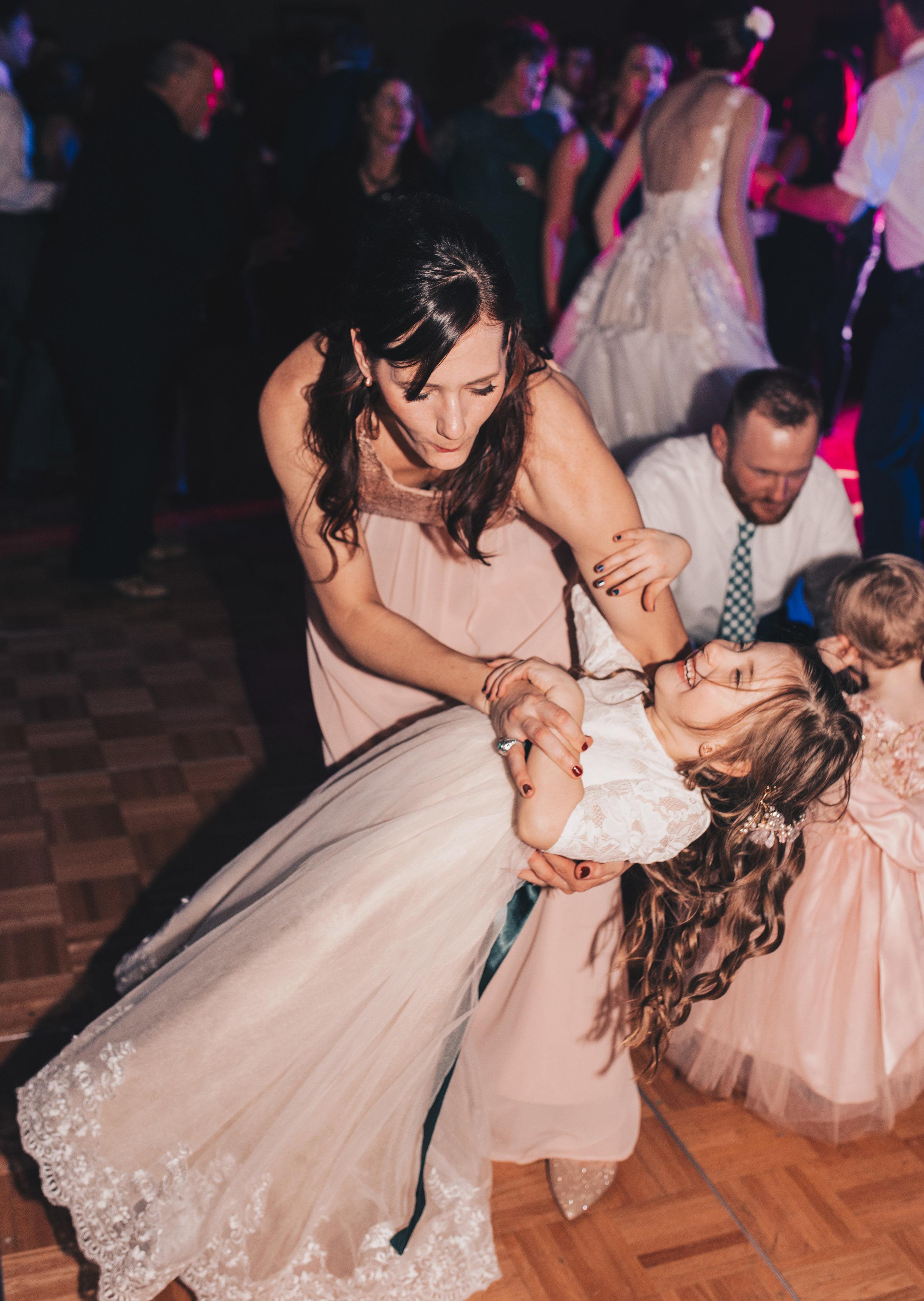 Winter Wedding, Chicago Winter Wedding, Chicago Wedding Photographer, Illinois Wedding, Illinois Wedding Photographer, Classy Modern Wedding, Reception Photos