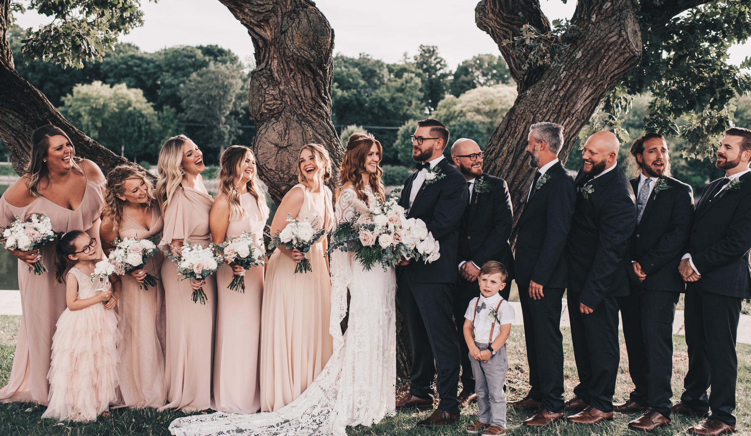 Modern Industrial Wedding, The Brix on the Fox, The BRIX, Chicago Industrial Wedding, Modern Midwest Wedding, The Brix on the Fox Wedding, The BRIX Wedding, Outdoor Boho Wedding Photos