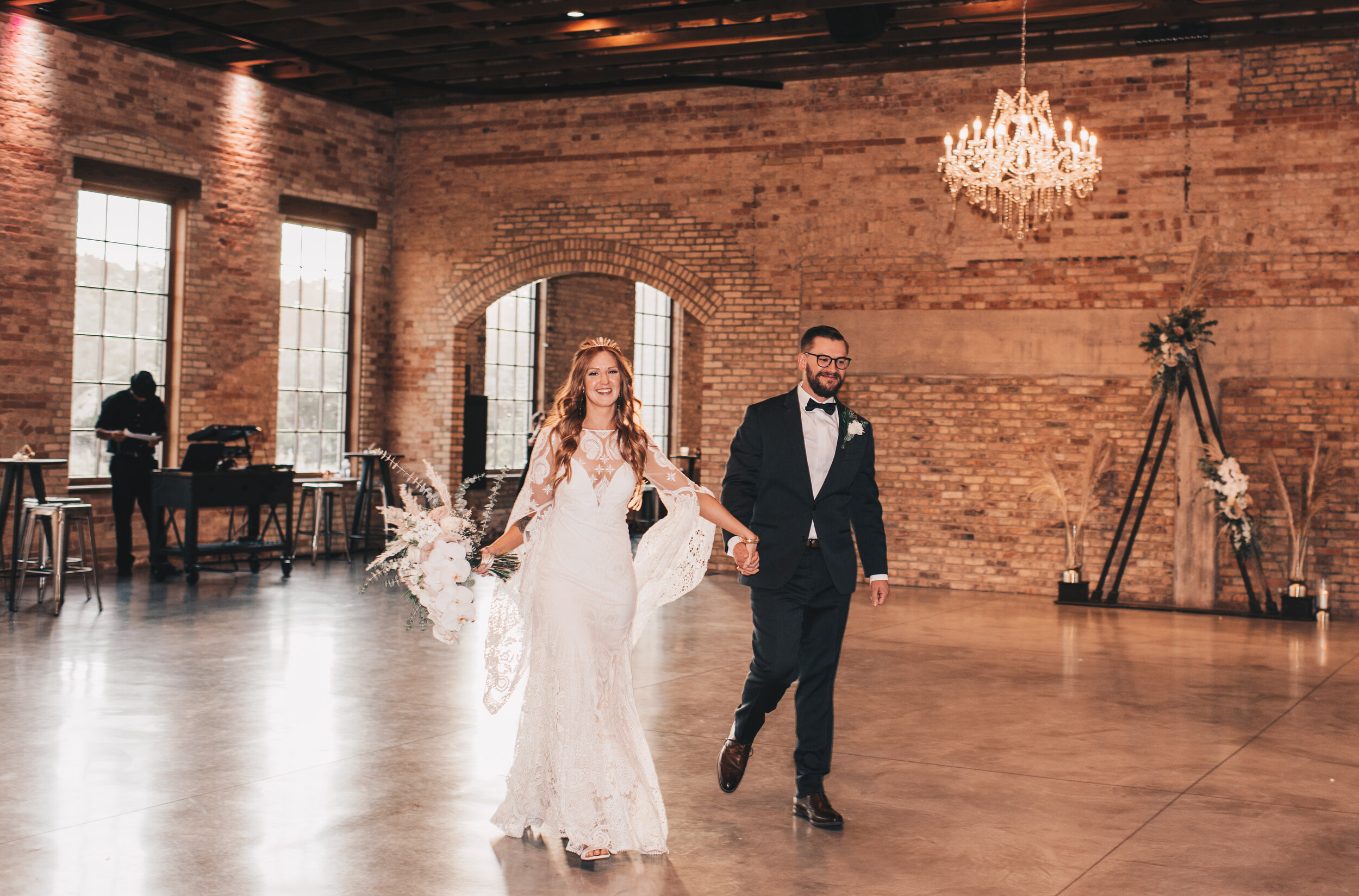 Modern Industrial Wedding, The Brix on the Fox, The BRIX, Chicago Industrial Wedding, Modern Midwest Wedding, The Brix on the Fox Wedding, The BRIX Wedding, Industrial Wedding Detail Photos