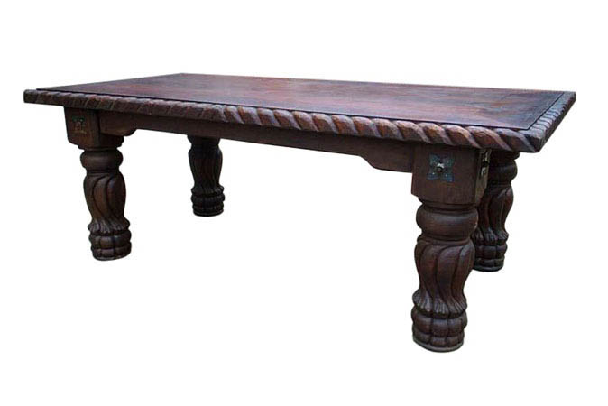 mesa pata de elefante.jpg