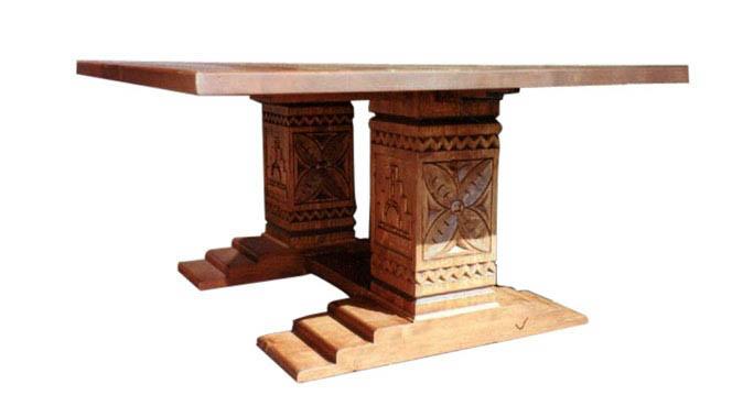 mesa pata egipcia.jpg