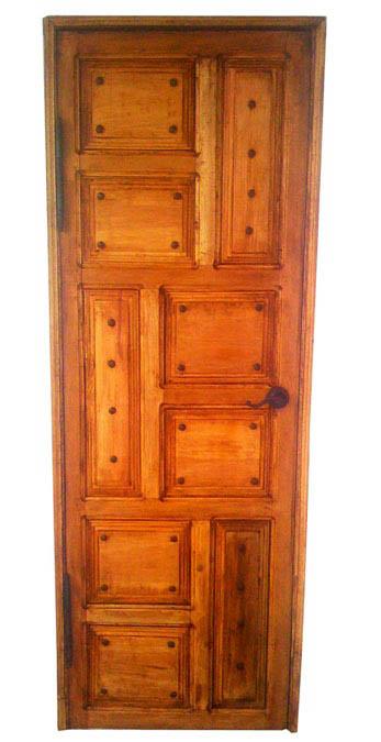 puerta  de pino 9 tableros.jpg
