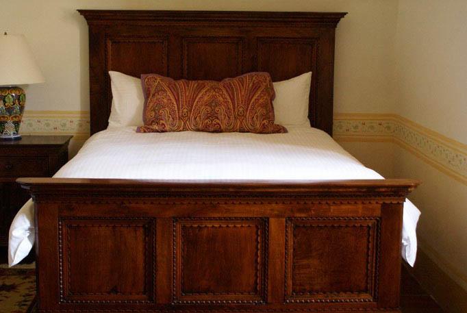cama-queen-size-marqueteria-mezquite2.jpg