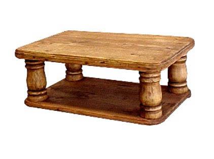 mesa de centro torneada con entrepano.jpg