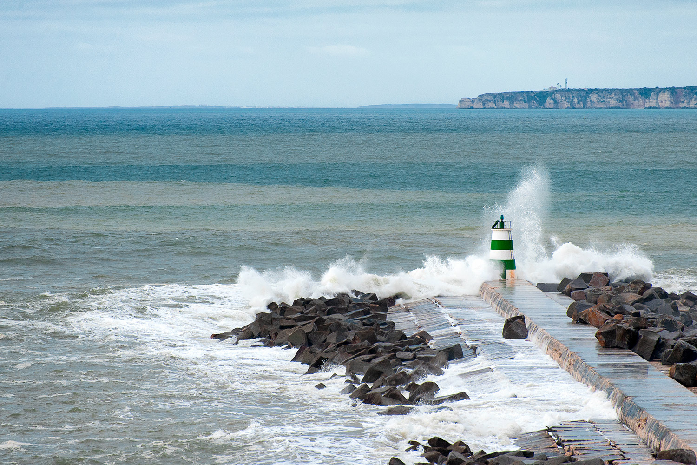 praia-molhe-ferragudo-2.jpg