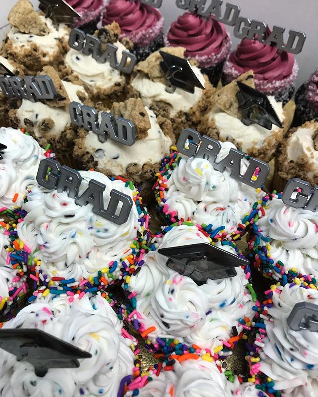 Our cupcakes make a great treat for your grad party!