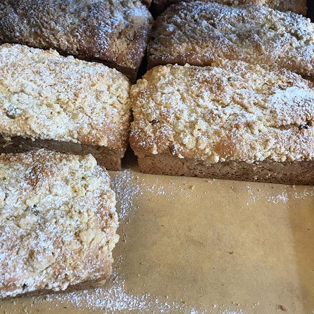 Placek is being bakers fresh daily! Stop in to get some of this delicious sweet bread with raisins and topped with butter streusel 😍