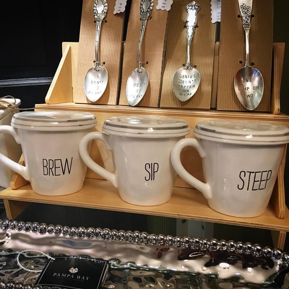 coffee-cups-mud-pie.jpg