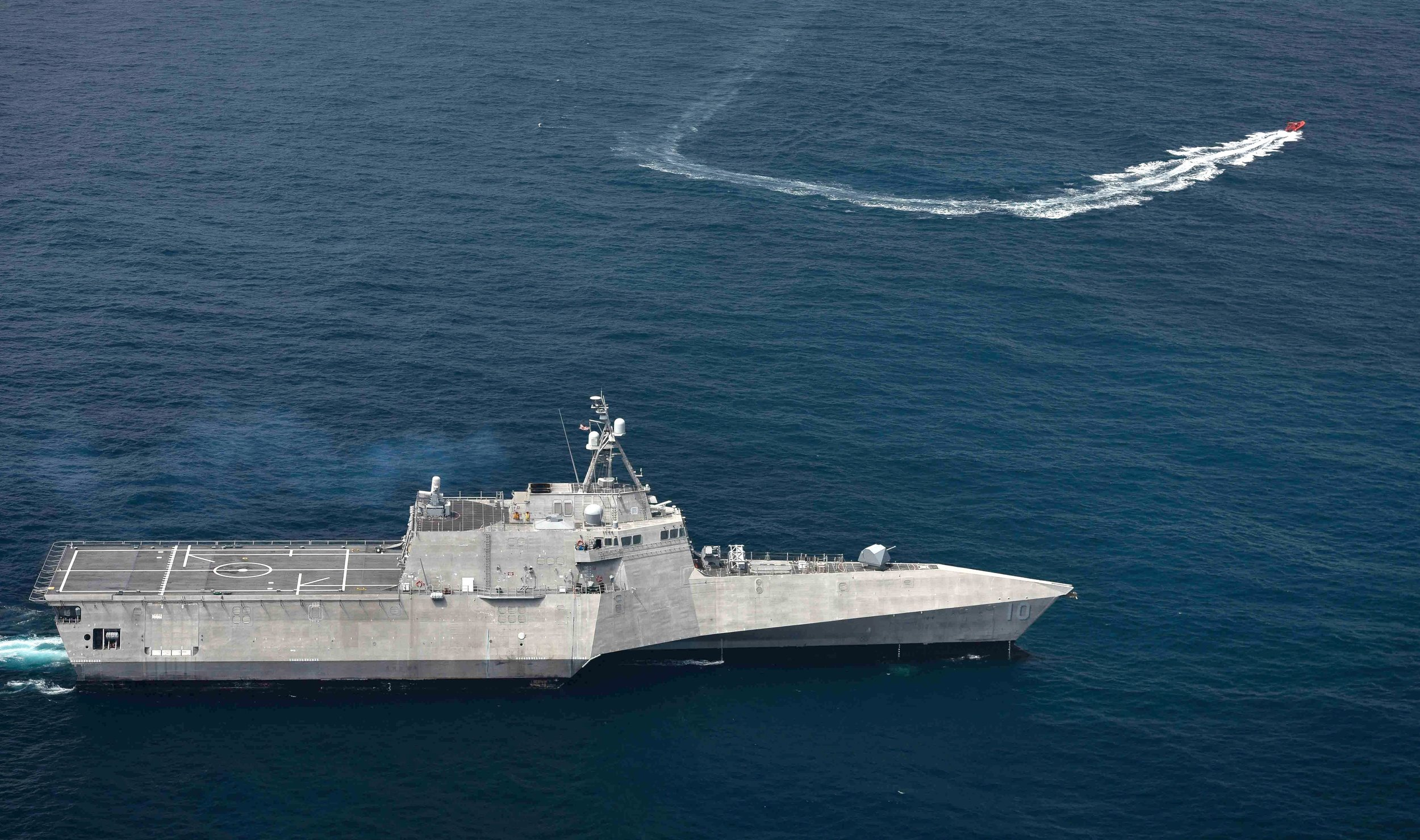 USS Gabrielle Giffords (LCS-10) maneuvers to deter an unmanned vessel during a small boat attack exercise on July 26, 2019. Gabrielle Giffords is conducting routine operations in the Eastern Pacific Ocean. US Navy Photo