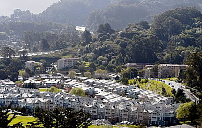 Marin City is a small community of roughly 2666 residents, consisting of Housing projects (rear and to the right) and apartments