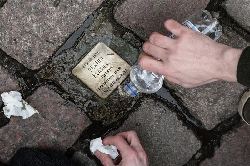 Merkel lamenta que las instituciones judías necesiten protección en Alemania .jpg