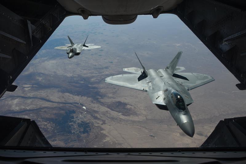 Calma en el noreste sirio tras un bombardeo de la coalición a las fuerzas pro Asad con 45 muertos .jpg