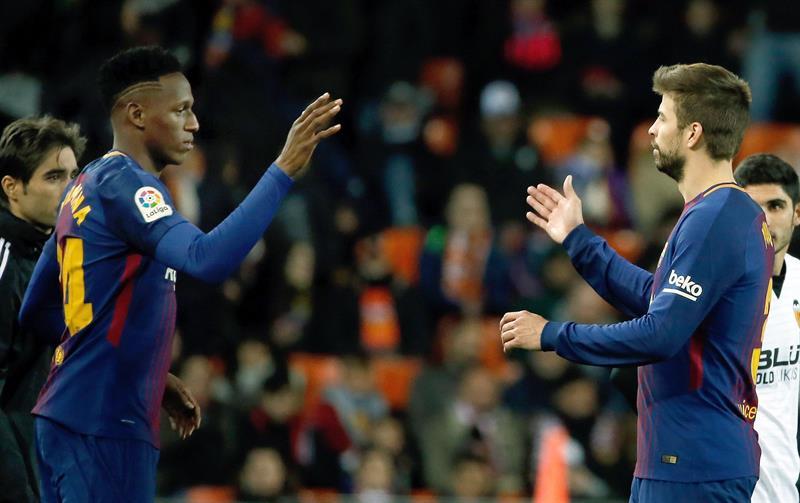 El colombiano Yerry Mina debuta con el Barcelona .jpg