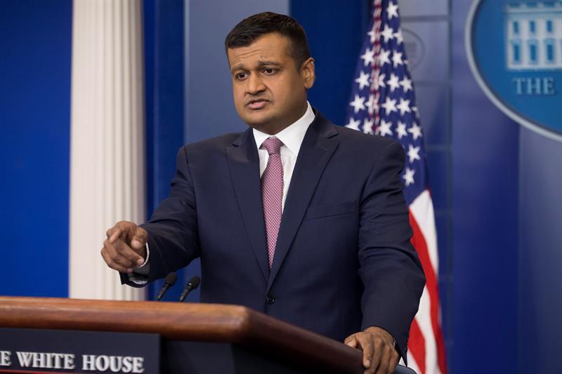 La Casa Blanca intenta contener el escándalo de un funcionario acusado de maltrato .jpg
