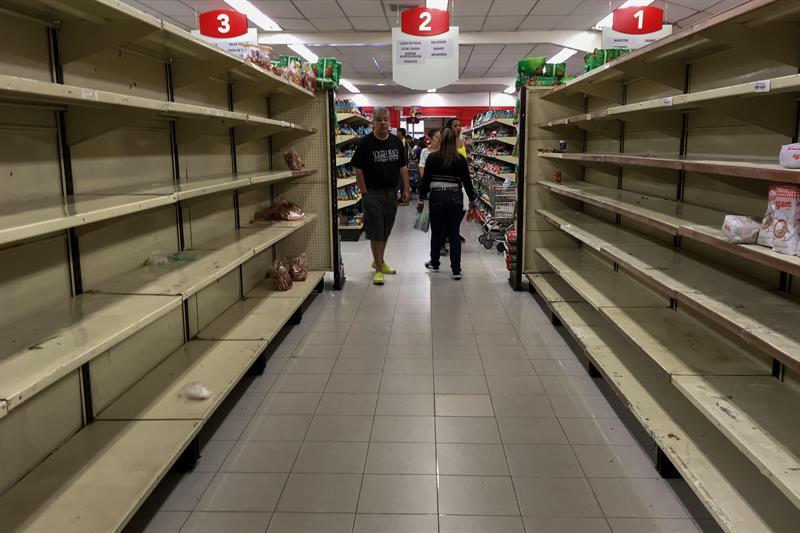 Más de la mitad de los venezolanos cayó en la pobreza y bajó 11 kilos en 2017 .jpg