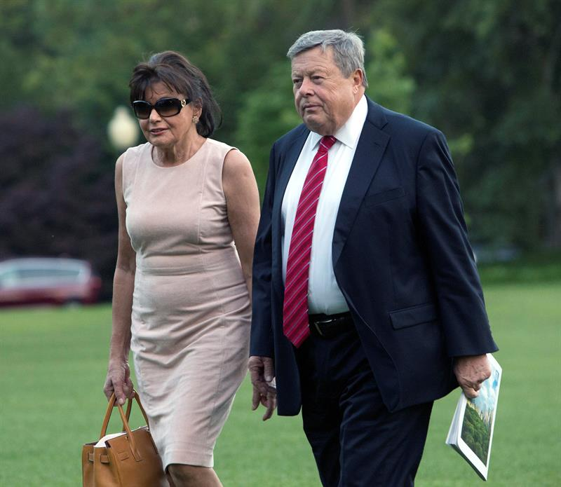 Los padres de Melania pueden haber llegado a EE.UU. por una vía criticada por Trump .jpg