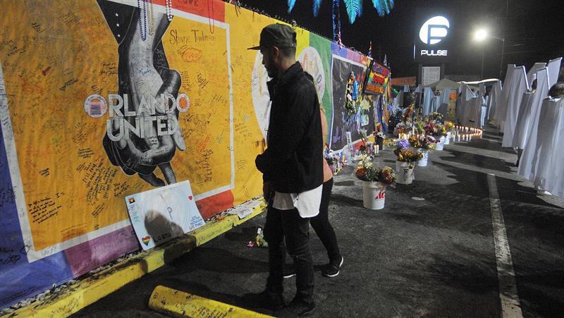 Inicia la elección del jurado del juicio a la viuda del asesino de un club de Orlando .jpg