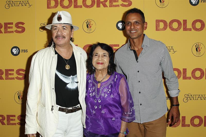 Santana- %22Tengo 70 años en mi cuerpo pero en mi espíritu siento que tengo 17%22 .jpg