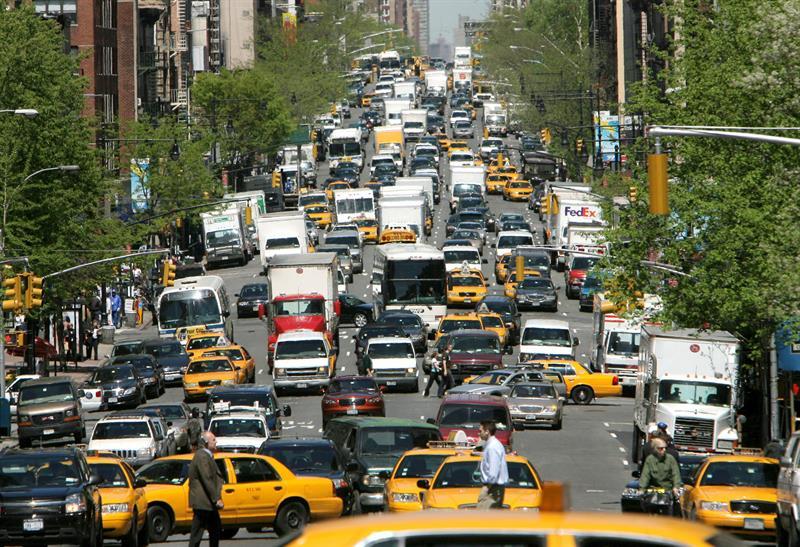 EE.UU. relajará las exigencias de control de emisiones en automóviles impulsadas por Obama .jpg