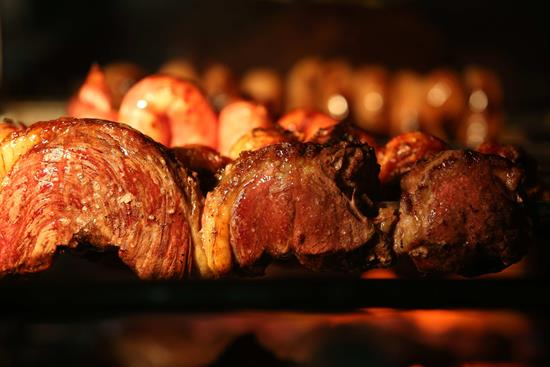 Tanto las carnes rojas como las blancas aumentan el colesterol, según un estudio en EE.UU. .jpg