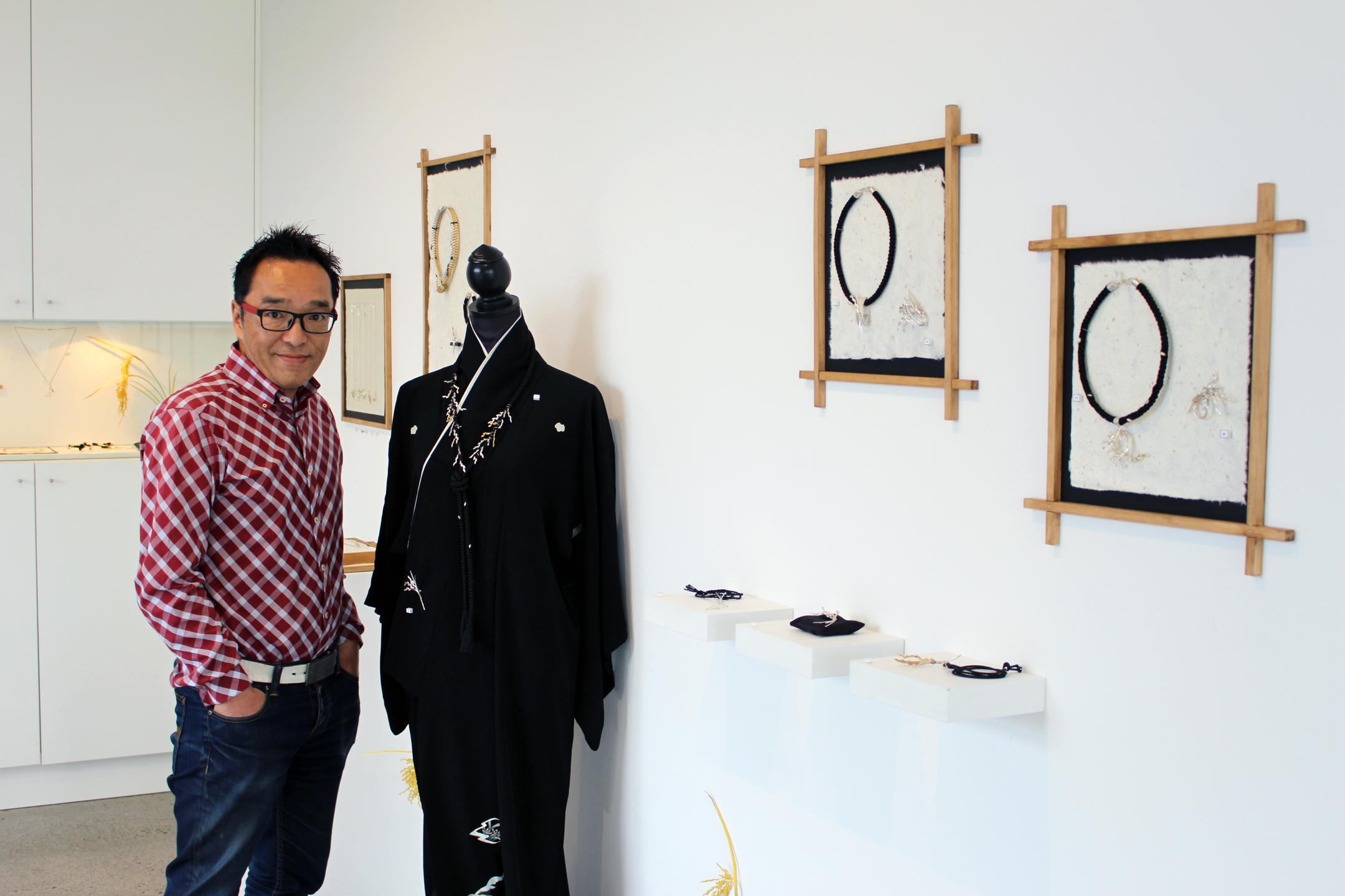 exhibition_opening_6.jpg