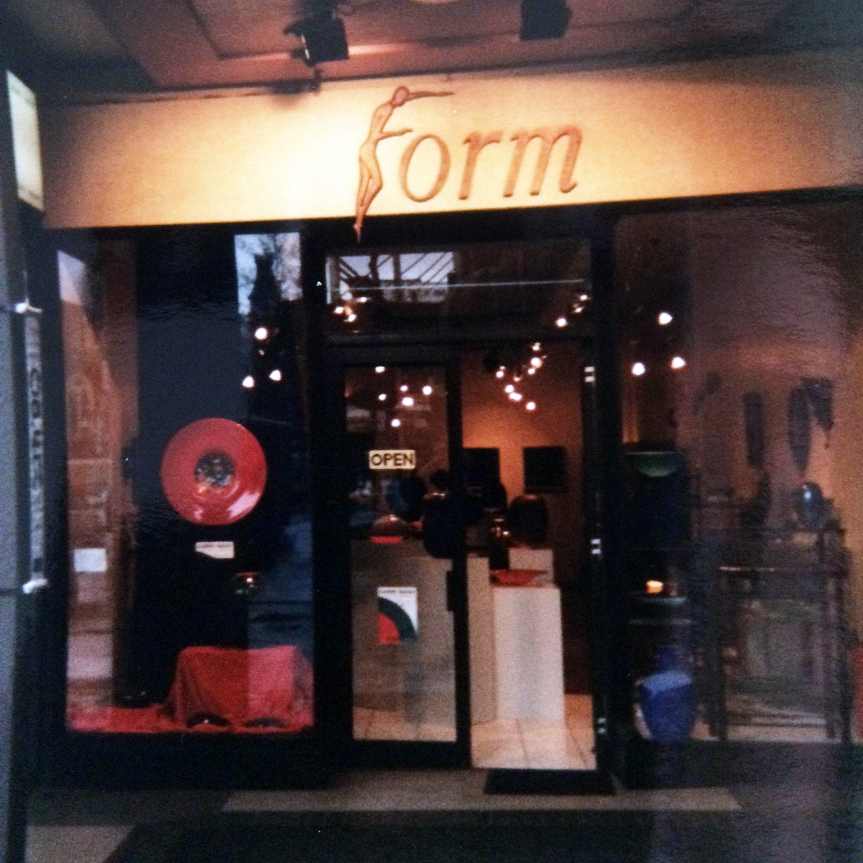 - Form Gallery exists to showcase and retail the work of New Zealand contemporary object artists.Form Gallery was established in 1993 by Koji Miyazaki in Christchurch's Cathedral Square, New Zealand. During the 10 years in this location locals and tourists enjoyed the unique wares the gallery had to offer and would return regularly to see new pieces. Beautiful hand-made objects in glass and ceramic, sculptural work and fine artistic jewellery could all be found in one place.