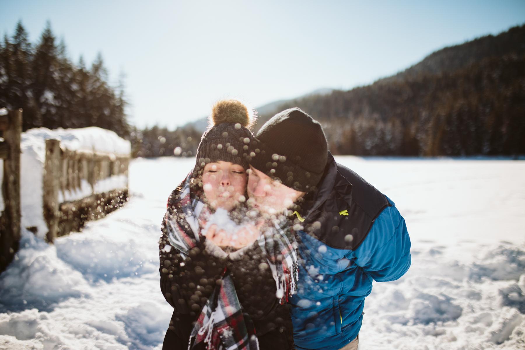 Snowy Oregon Engagement - Mt Hood National Forest