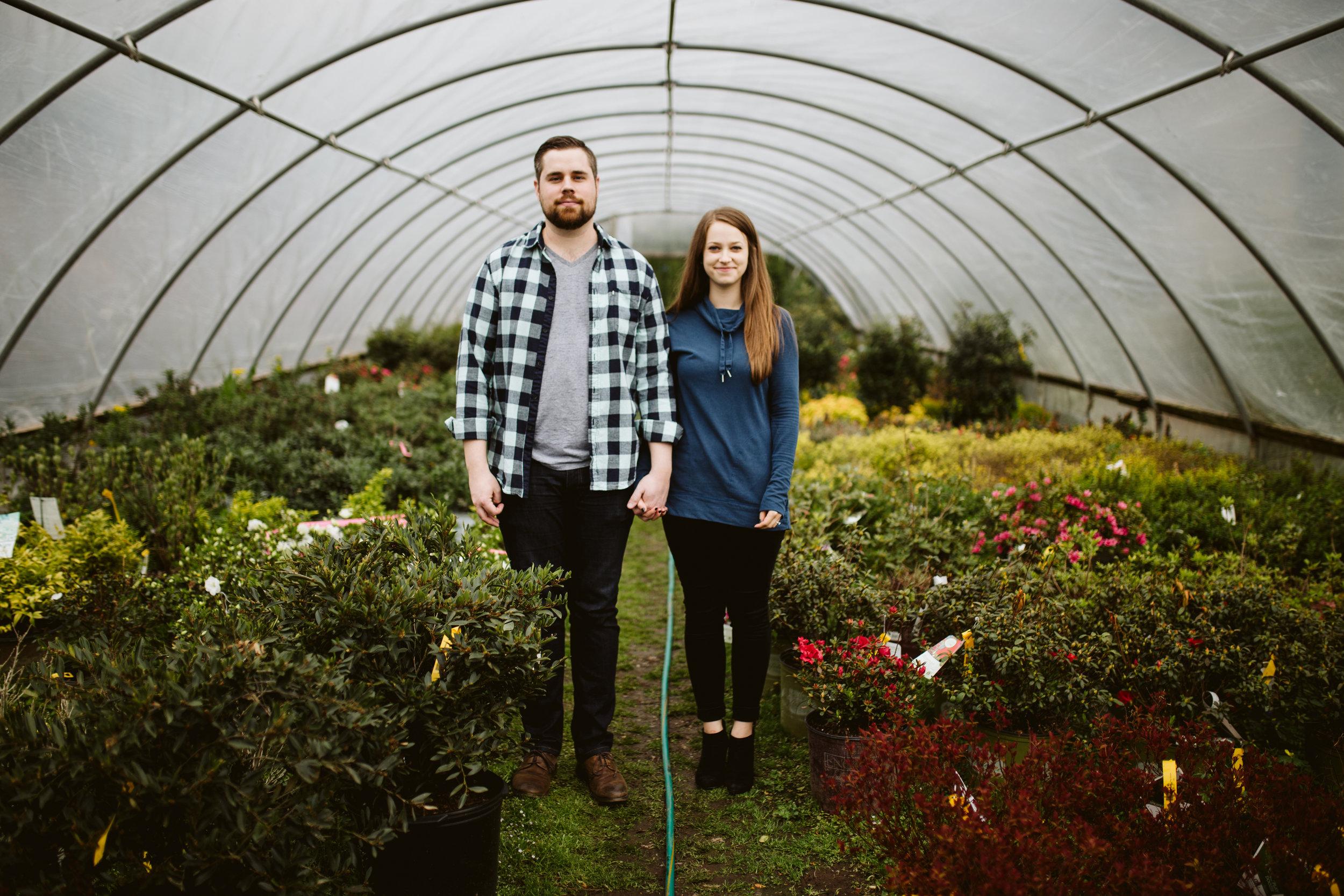 nashville engagement photographer, hewitt garden center