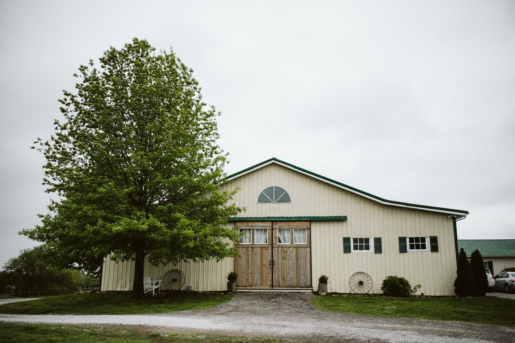 barn-in-the-bend-wedding (2).jpg