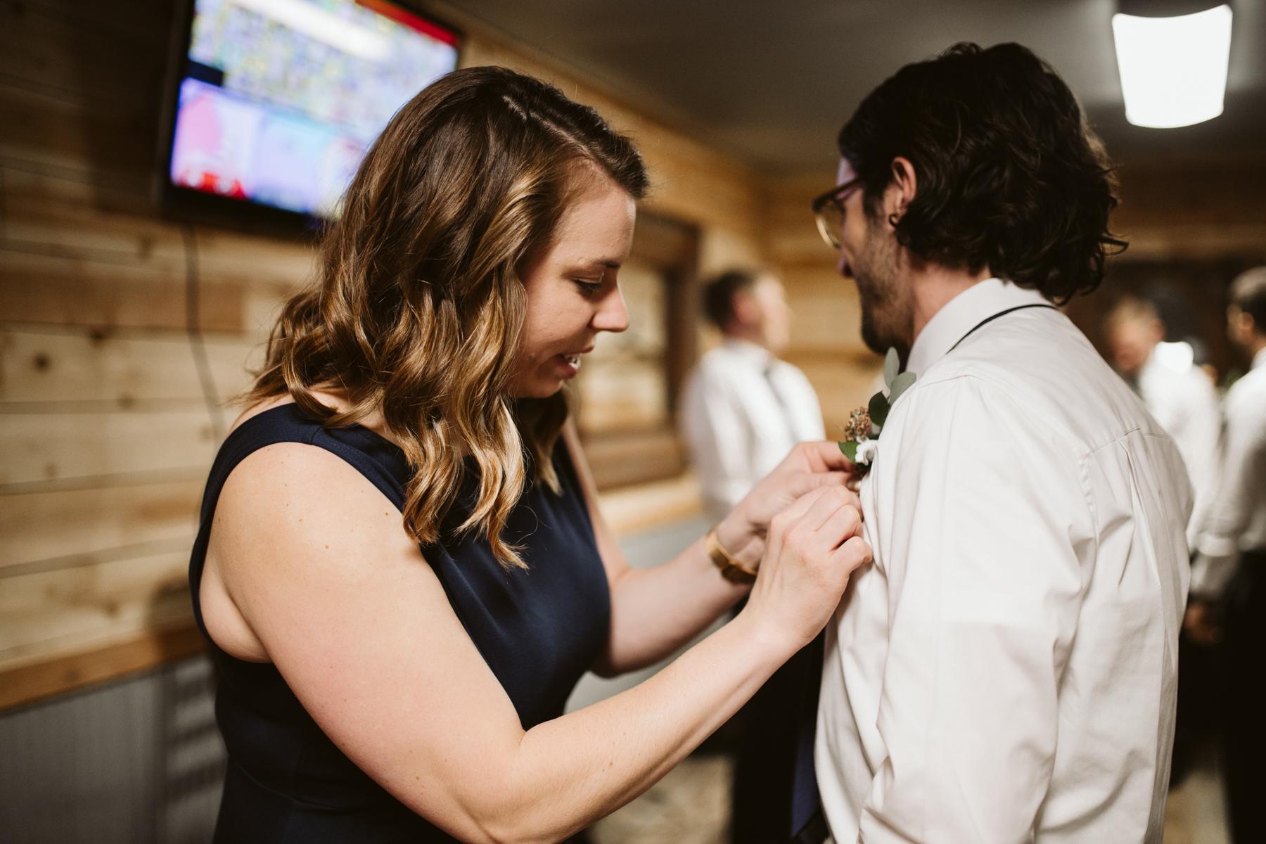 barn-in-the-bend-wedding (14).jpg