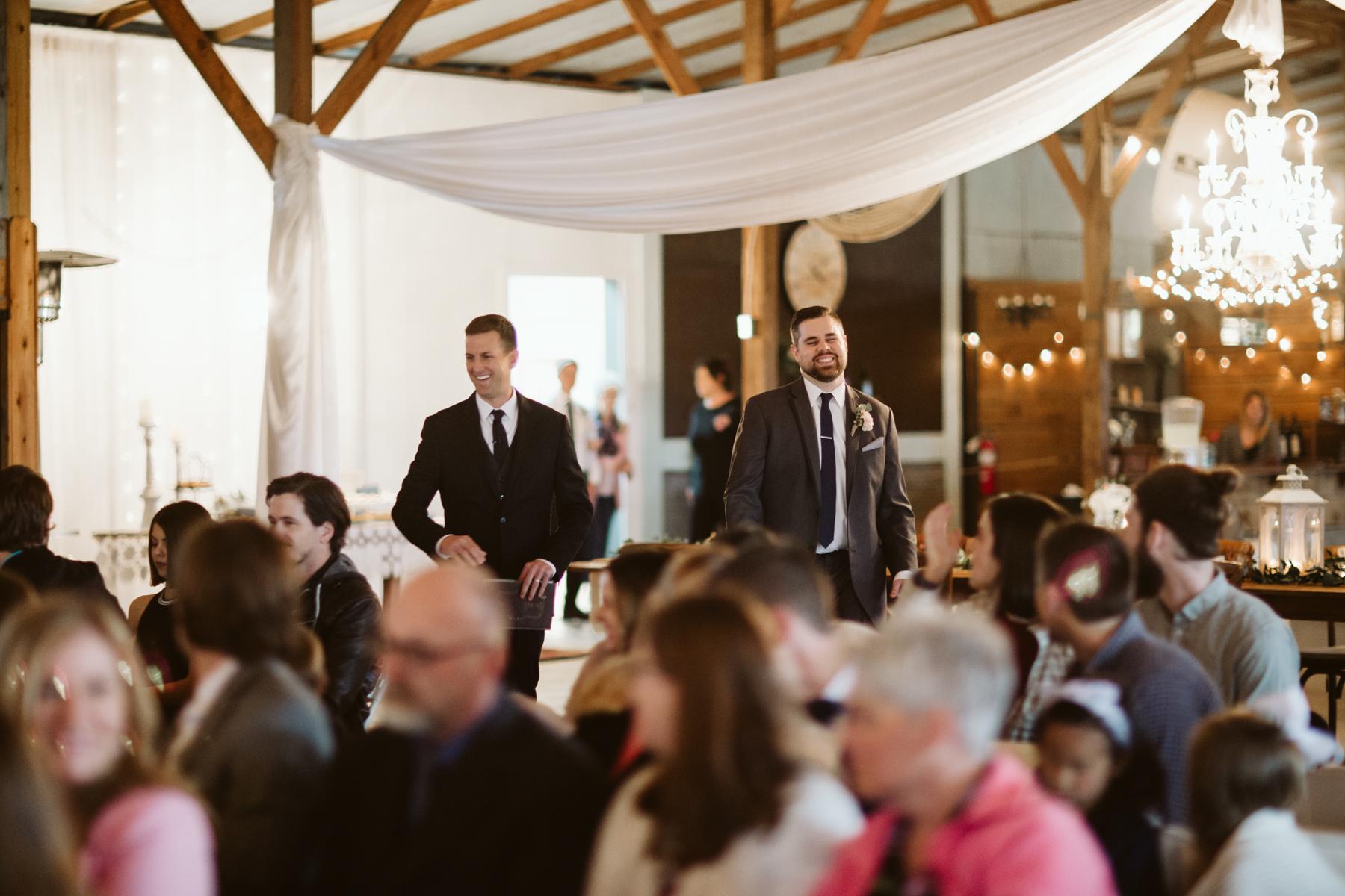 barn-in-the-bend-wedding (56).jpg