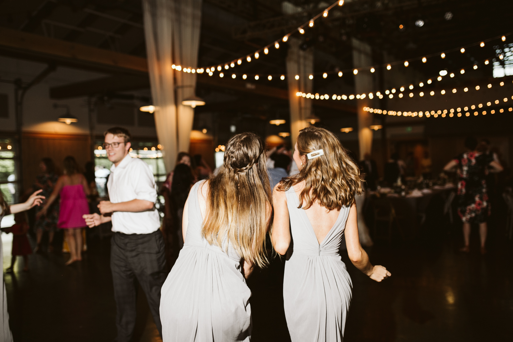 Wedding reception at the loveless cafe and barn in nashville, tennessee