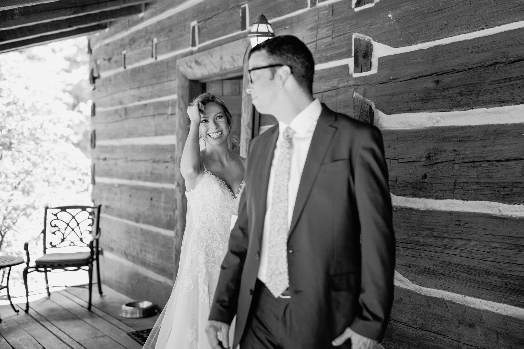 Father daughter first look at a stables at strawberry creek wedding in Knoxville, tennessee