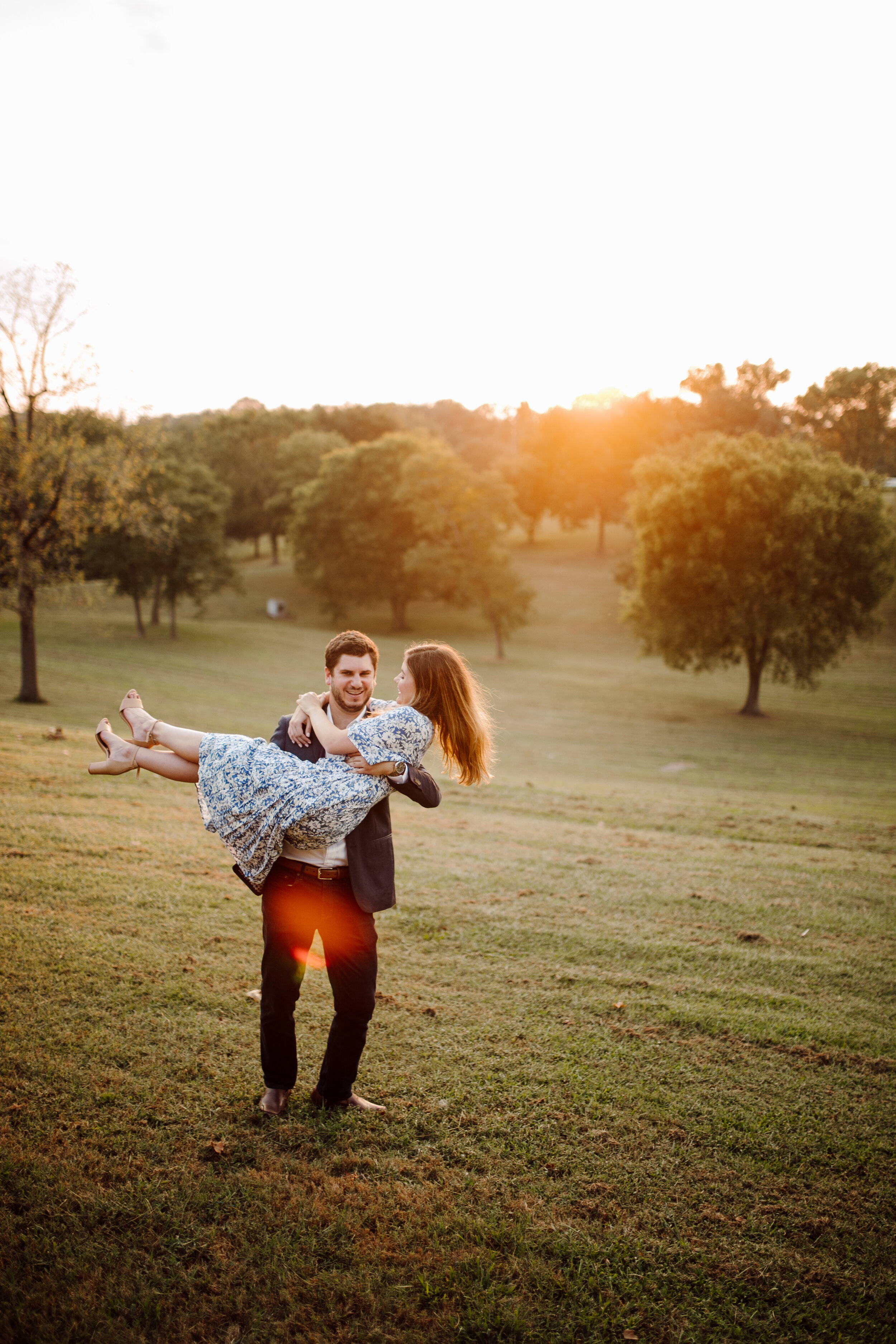 east-nashville-engagement-photographer (164).jpg