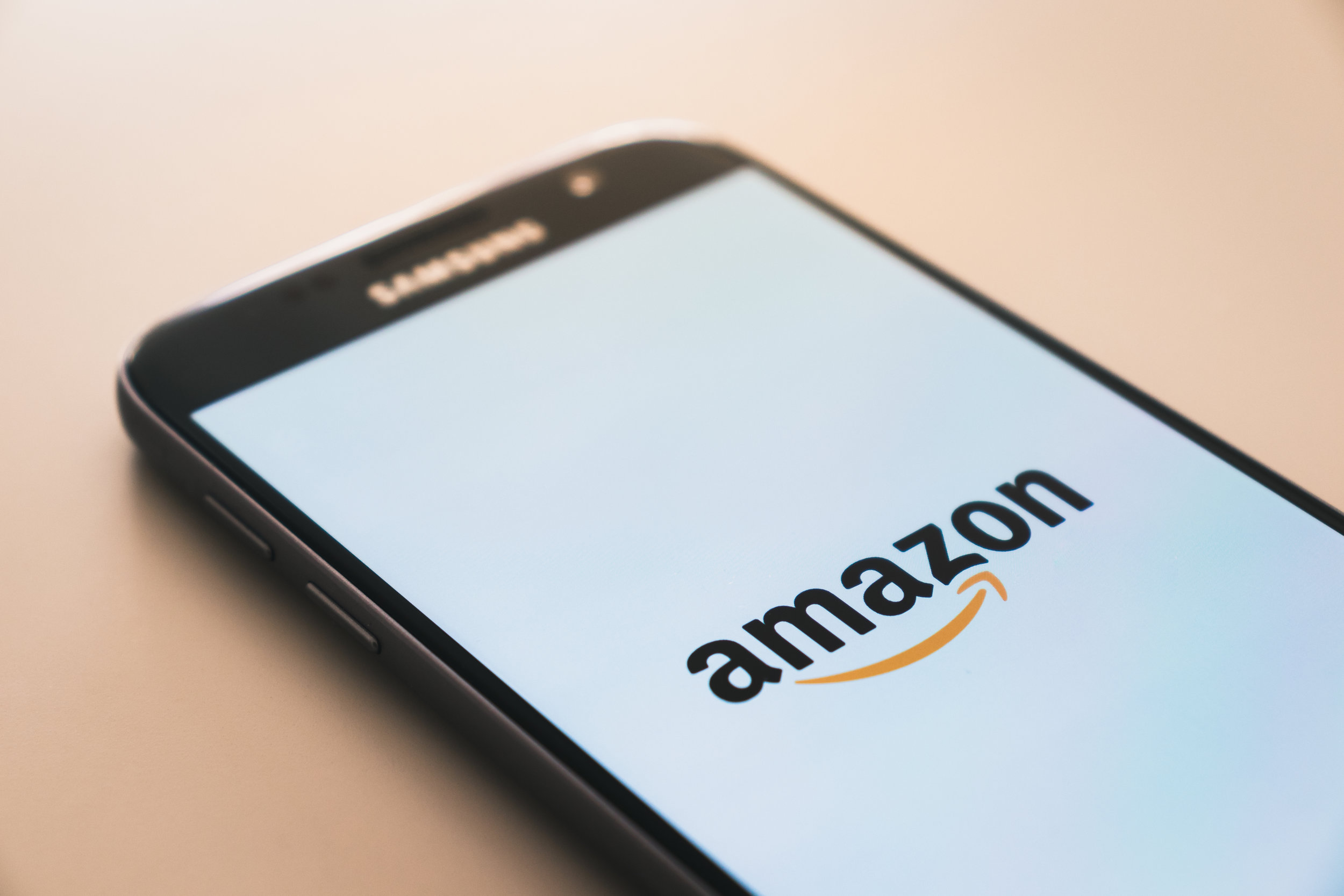 The launch of the amazon.com app