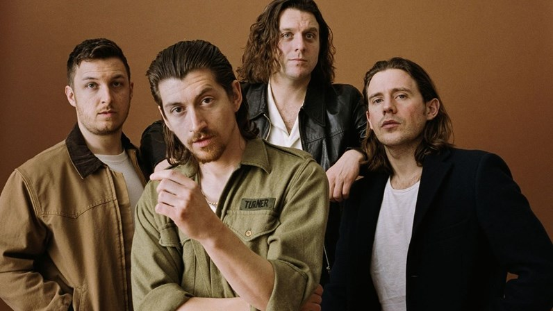 arctic-monkeys-8.jpg