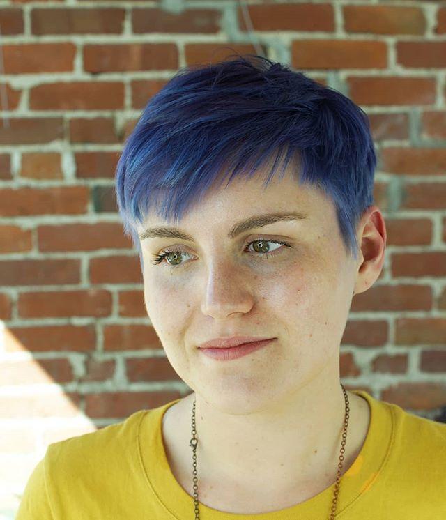 It's indigo, everybody // #bluehair by @lindsey_pageboyinc // #pixiecut by @brie_pageboyinc // #getbangedatpageboy