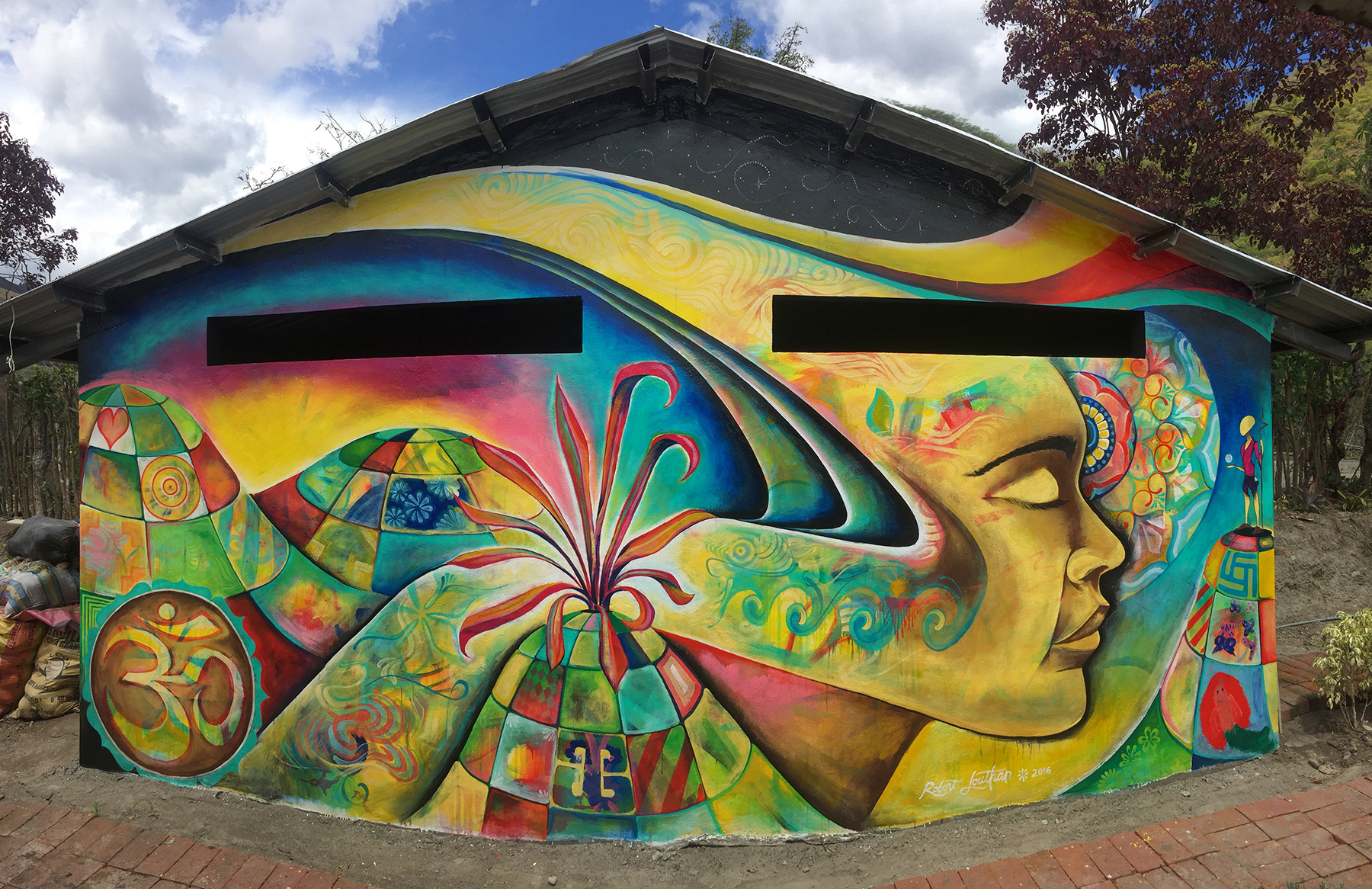 murals_motheraya.jpg