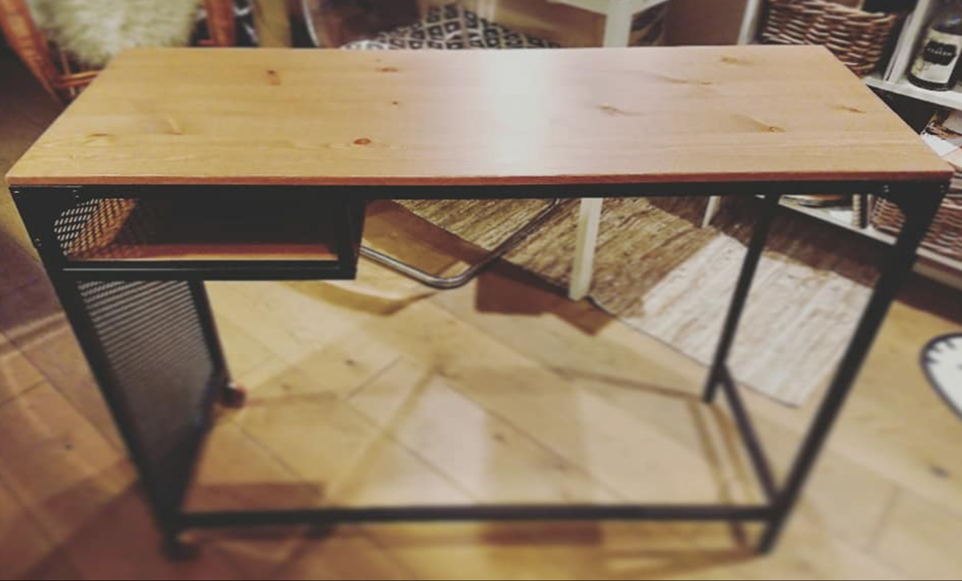 Original desk without the galvanised steel top finish.