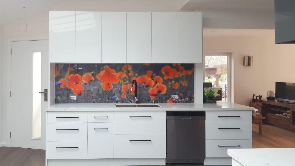 Custom printed kitchen splashback - Poppies