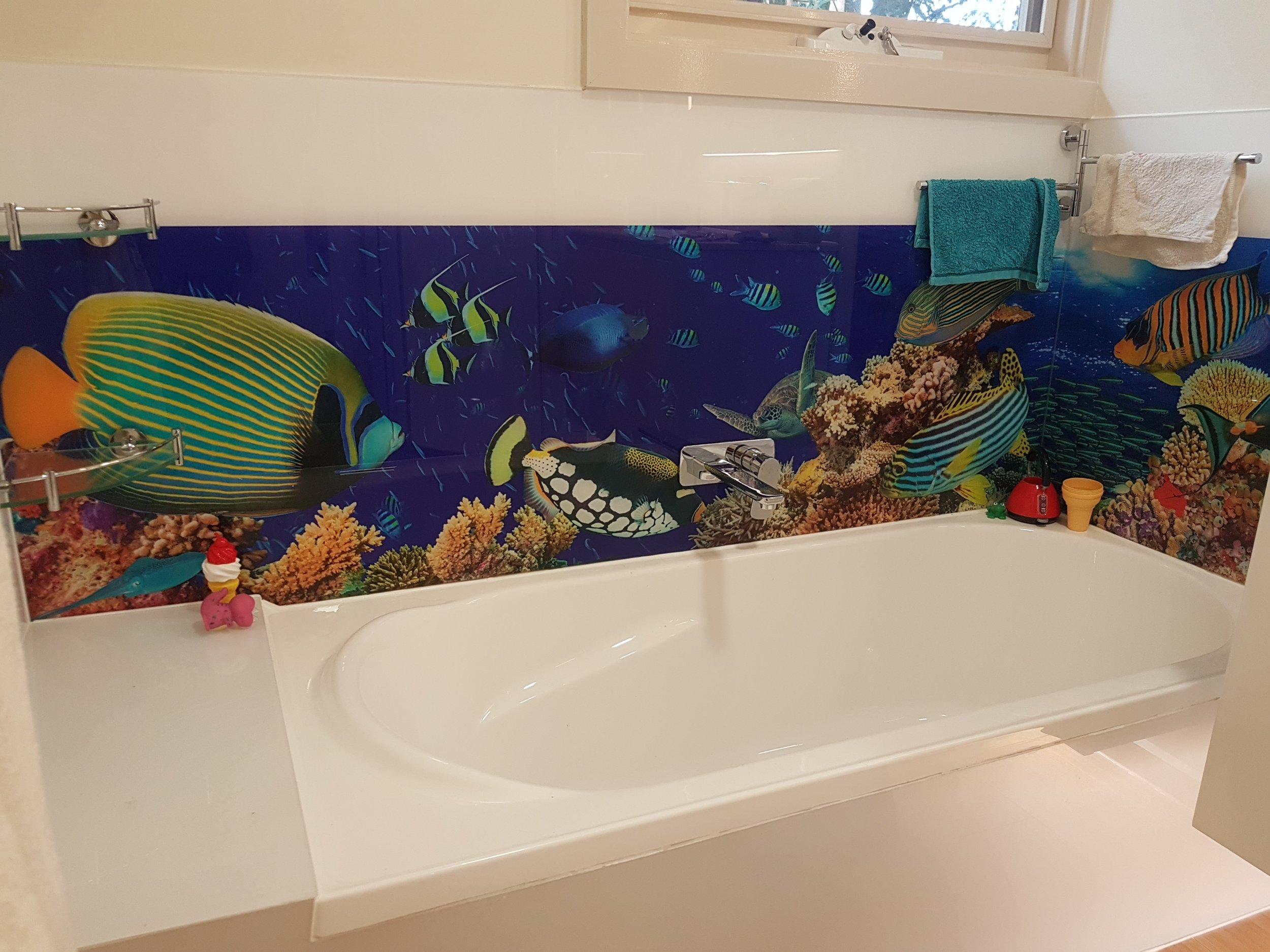 Bath surround printed splashbacks