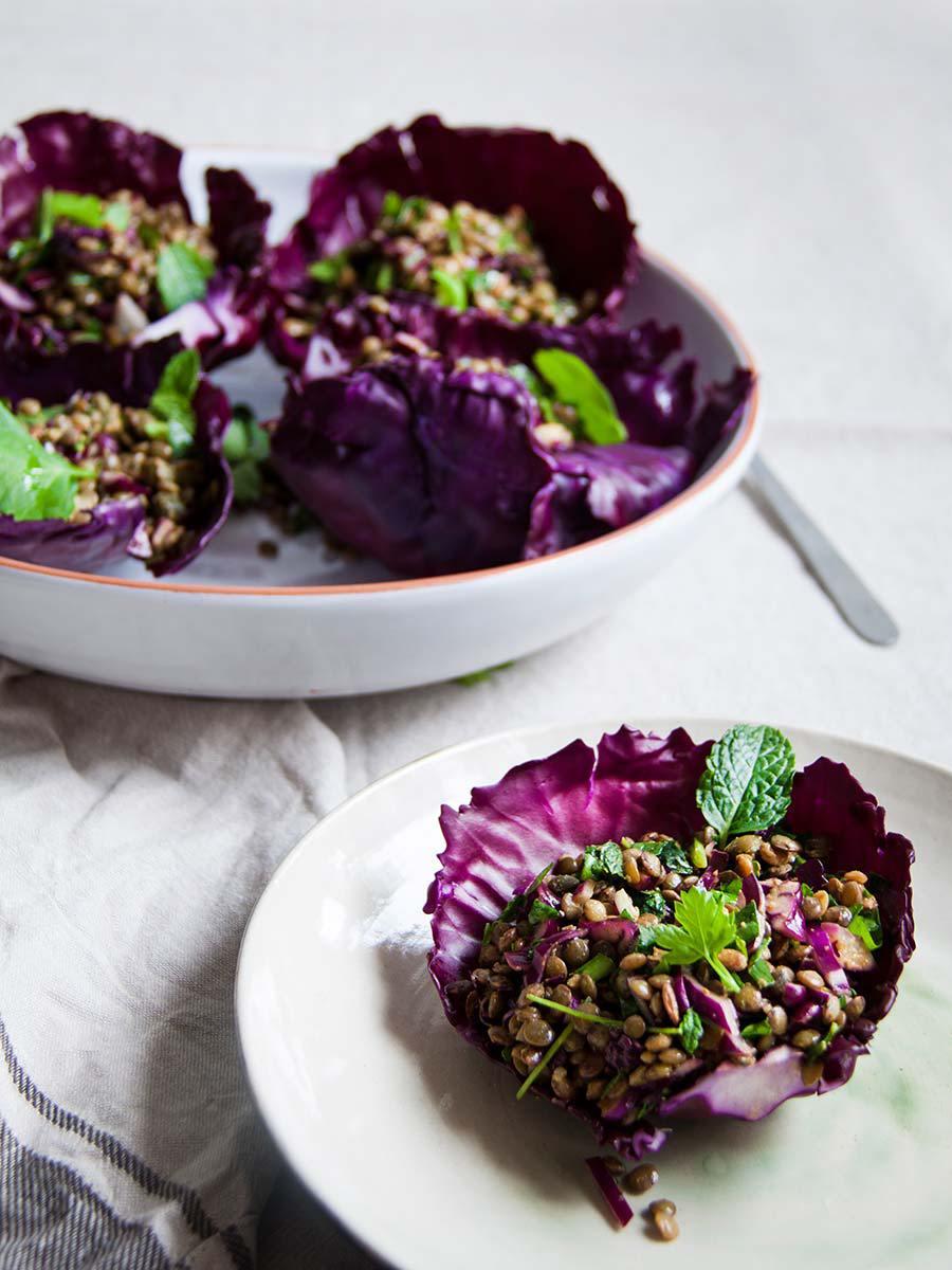 midden-oosterse-linzensalade-rode-kool-vegan-whole-foods-olievrij-glutenvrij-02.jpg