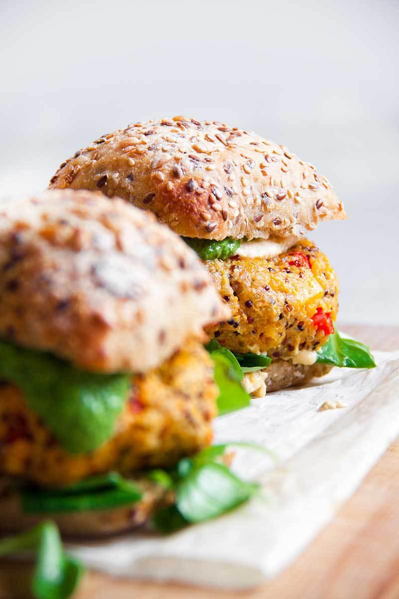 pompoen-quinoaburger-vegan-whole-foods-olievrij-01.jpg